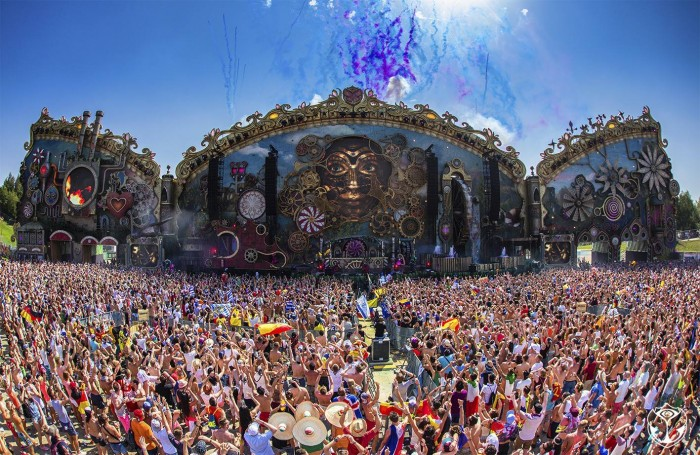tomorrowland music festival gig