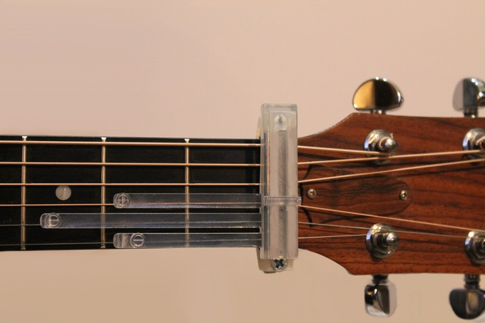 Guitar Now - An Accessory That Teaches You Guitar In Minutes ...