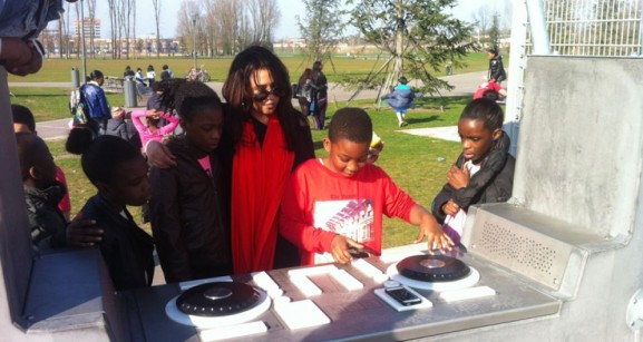 Yalp Fono DJ booth mixing desks scratching young people teens youth