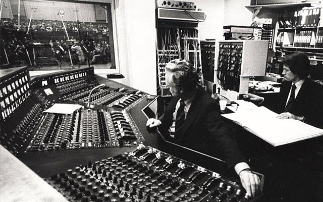 Abbey Road Studios recording console mixing desk Pink Floyd Beatles Kate Bush