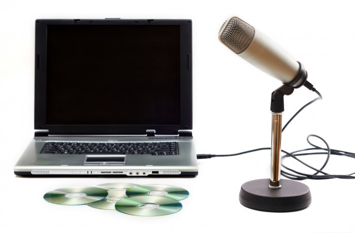 Microphone and laptop