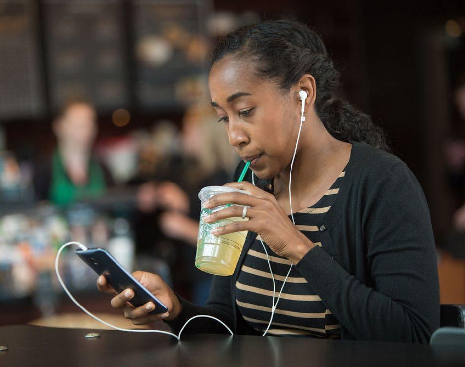 Starbucks music