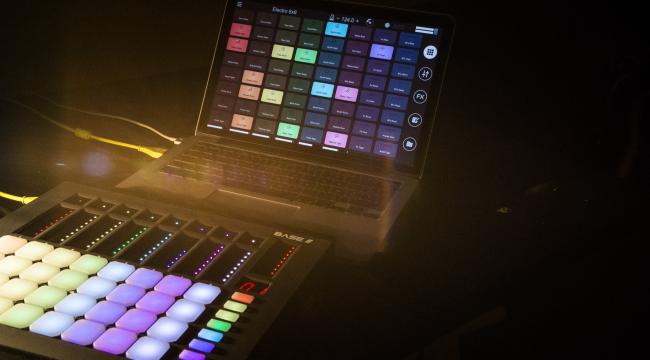 Remixlive app Macintosh Apple music making production pads MIDI controller