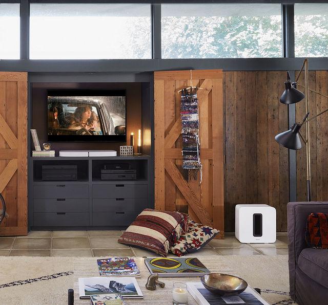 Sonos TV speaker music streaming Playbar music streaming watch audio soundbar