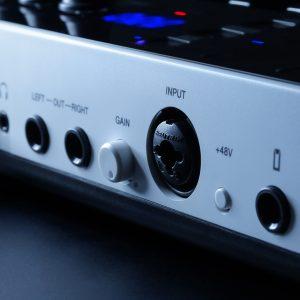 IK Multimedia music MIDI controller audio interface